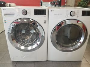 New l.g washer and dryer set for Sale in Holiday, FL