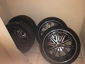 22s new tires NO BENDS NO CRACKS Just came off charger OR SWAP FOR BLACK RT CHARGER RIMS for Sale in Cayce,  SC