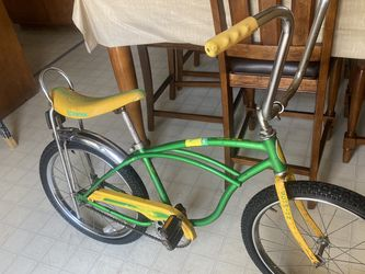 1979 Lime Schwinn Stingray ,NEW tire:20,original Paint ,Don't Ask Still Available for Sale in Garden Grove,  CA