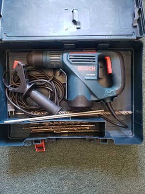 $100.00 local deal Bosch SDS PLUS Rotary Hammer drill with bits for Sale in New Haven, CT