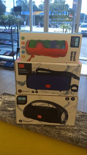 Bluetooth speakers/karaoke machines for Sale in Tampa, FL