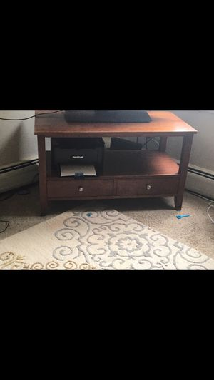 Coffee table and tv stand for Sale in Carpentersville, IL