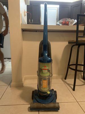 Bissell vacuum for Sale in Boca Raton, FL