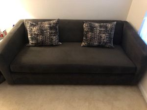Pull Out Sofa W/Decorative Pillows for Sale in Rockville, MD