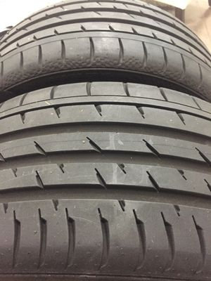 245 35 19 continental 93y set of 2 tires for Sale in Manassas, VA