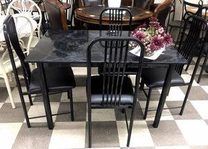 Brand new dining room set 5 pc for Sale in Deerfield Beach, FL