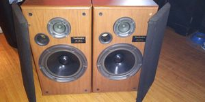 SPEAKERS, TECHNICS, 140 WATTS for Sale in St. Petersburg, FL