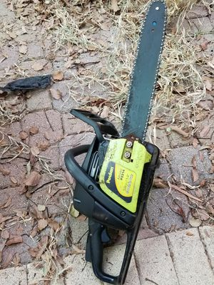 Chainsaw for parts for Sale in Tampa, FL