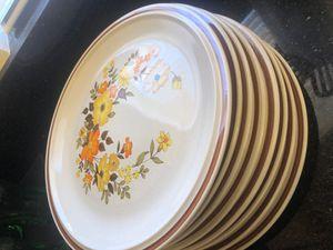 8 plates, 2 Pyrex pie pans , 1 Pyrex 8x8 square , 5 coke glasses ,1small coke glass, 2 glass mugs, 1salad mixing bowl , 1 ceramic casserole oval dish for Sale in Las Vegas, NV