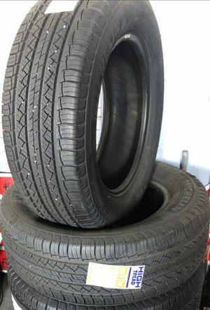 2 x Michelin Latitude245/60/R18 Like New for Sale in Alhambra, CA