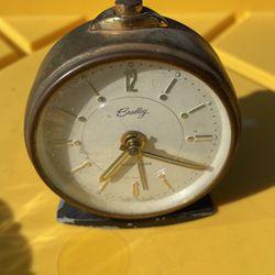 Vintage clock for Sale in Burbank,  CA