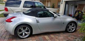 2010 Nissan 370Z Roadster Touring Sport package for Sale in Weston, FL