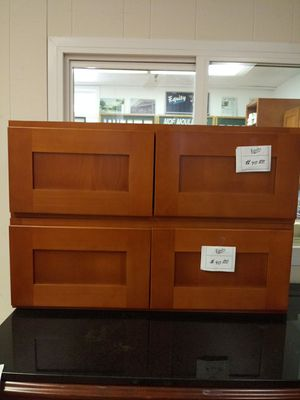 Kitchen Cabinets * UPPERS ONLY * for Sale in Fresno, CA