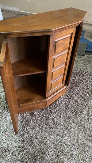 Nice antique cabinet for Sale in Carnation, WA