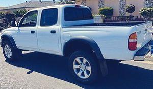 Super Clean 2003 Toyota Tacoma Tan Interior for Sale in Wichita, KS