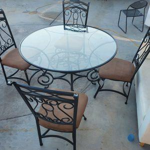 Breakfast Table for Sale in Las Vegas, NV