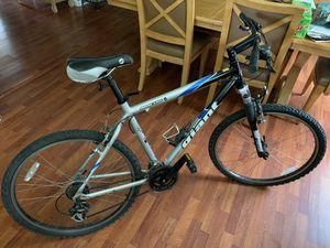 Giant Hybrid Mountain Bike for Sale in Orlando, FL