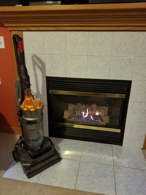 Vacuum Dyson absolute for Sale in Bothell, WA