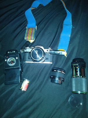 Canon camera. Not digital. 2 lenses and film. Pick uo only 30 for Sale in Orlando, FL