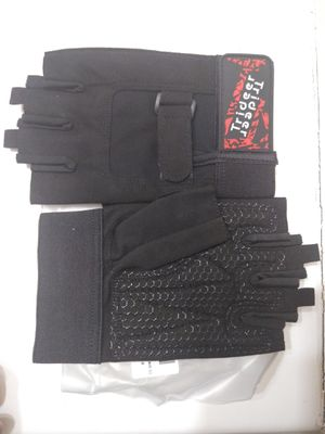 Trideer workout gloves for Sale in Laredo, TX