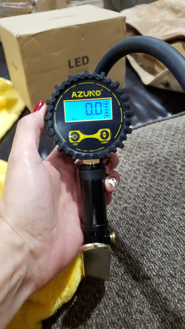 4.1 out of 5 stars  69Reviews AZUNO Digital Tire Inflator with Gauge, 200 PSI