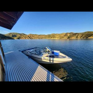 2004 BAYLINER BOW RIDER for Sale in Los Angeles, CA