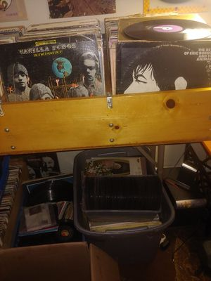 Records over a 1000 for Sale in Oklahoma City, OK