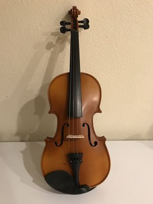 Student 4/4 full size violin for Sale in Irvine, CA