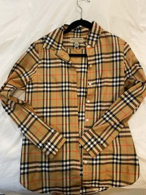 Burberry women shirt size 2 like new for Sale in Westminster, CA