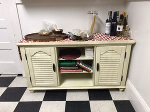 Kitchen side table / cabinet for Sale in Oakland, CA