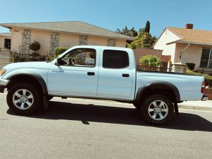 Toyota Tacoma 2003 Runs perfectly for Sale in Philadelphia, PA