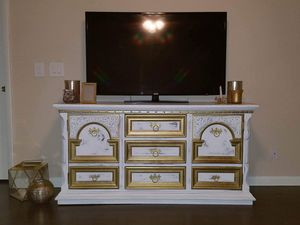 Glam dresser - TV stand for Sale in LAUD BY SEA, FL
