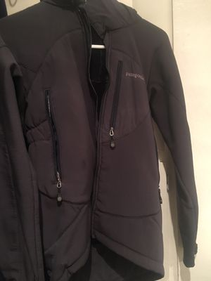 Patagonia jacket size x small for Sale in Ventura, CA