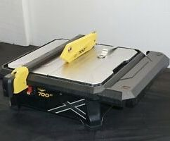 $50 each slightly used condition QEP 22700q 7 inch 700xt wet tile cutter cutting saw with table extension ceramic marble stone travertine and porcela for Sale in El Monte, CA