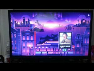 Tcl 33 in 1080p roku hd tv for Sale in Miami, FL