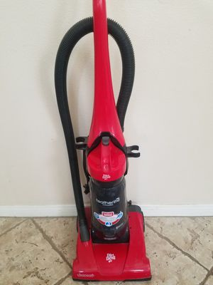 Bagless DirtDevil Vacuum--- PRICE FIRM for Sale in Murrieta, CA