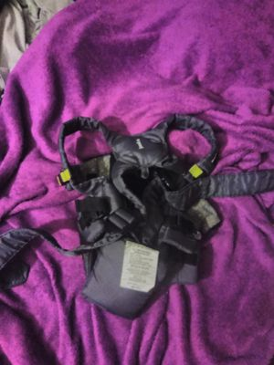 Baby carrier 4 ways for Sale in Heath, OH