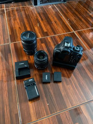 Canon t5 and lenses for Sale in Henderson, NV