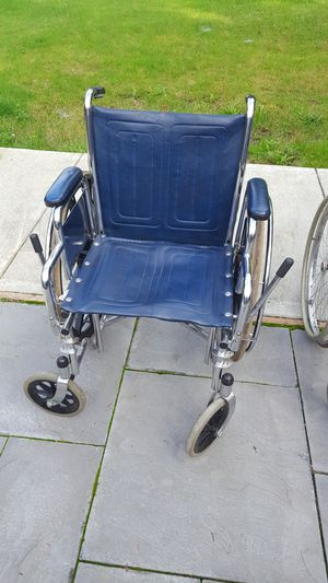 Wheel chairs and walkers for Sale in Snohomish, WA