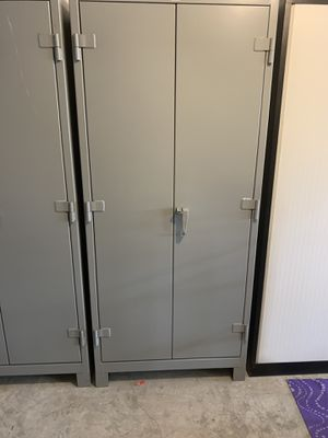 Lyon steel cabinet for Sale in Land O Lakes, FL