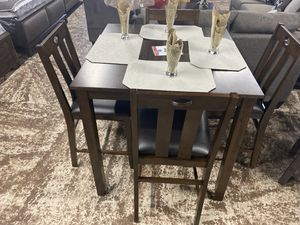 Brown 5PC Dining Set | Taxes Added To Final Price | Free Local Delivery 📦 for Sale in South Gate, CA