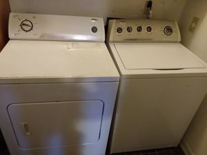 Washer and dryer whirpool. for Sale in Durham, NC