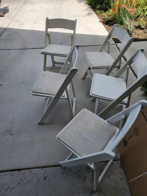 5 folding chairs for Sale in Saratoga Springs, UT
