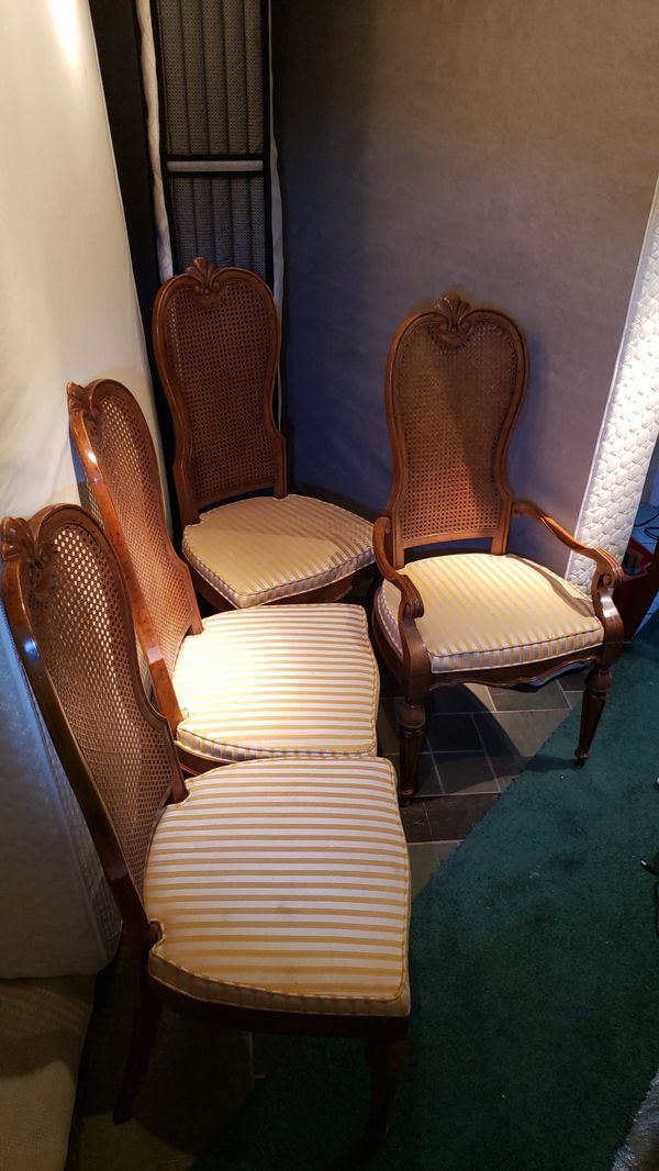 Formal dinning chairs (4) Lux Lrg Solid Excellent Woodwork