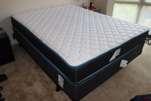 Queen Mattress and box for Sale in San Francisco, CA