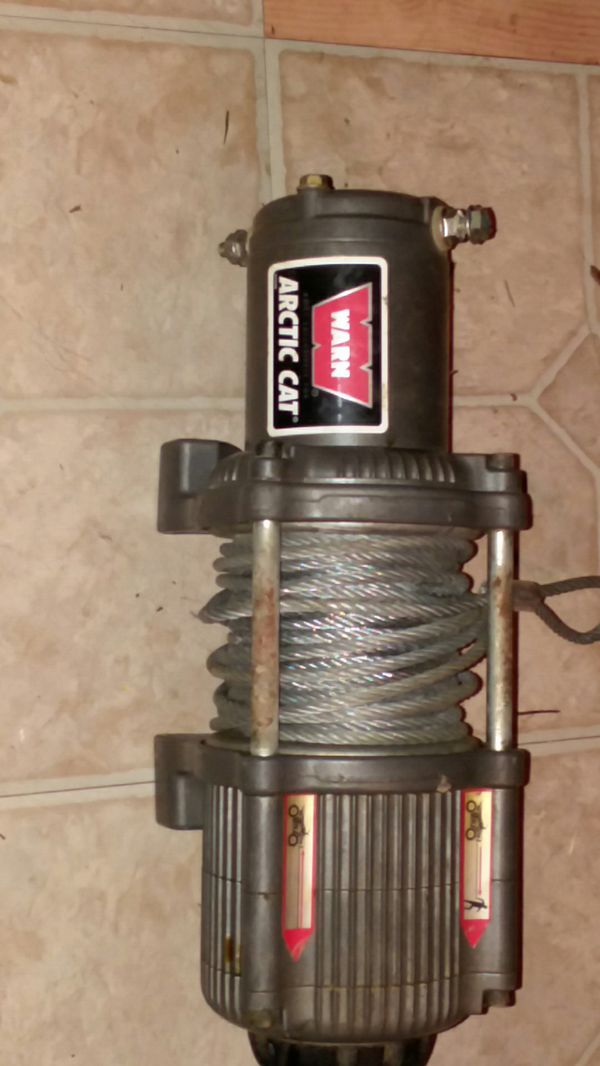 3000 pound warn ATV winch like new call if interested {contact info removed}