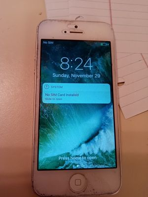 PLEASE READ $45 Firm for a IPhone 5 NO CHARGER had it with Cricket Service pick up on 23rd Ave in Camelback for Sale in Phoenix, AZ