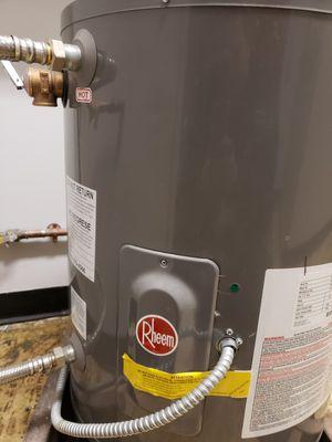 Water heater for Sale in Hammond, IN