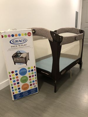 Graco Pack 'n Play for Sale in Seattle, WA