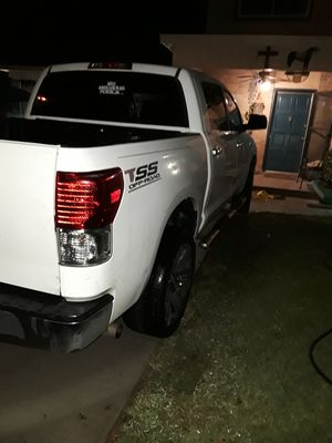 Toyota tundra for Sale in Arlington, TX